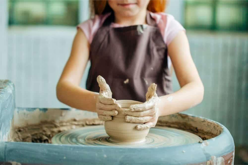 Ebeveynler ve Çocuklara Sanat Eğitimi Üzerine Yeni Yöntemler
